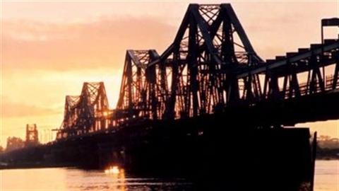 Vụ cầu Long Biên:Vẫn phản đối phương án thay thế của Bộ