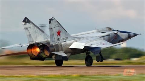 MiG-25 - 'tạm biệt' một huyền thoại
