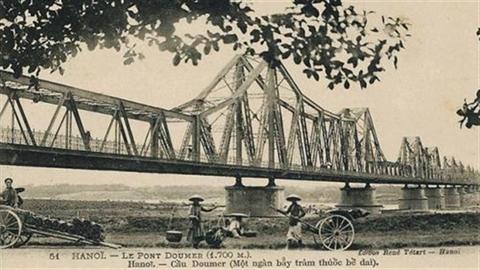 Cầu Long Biên chưa là di sản:Không ai chịu đề xuất vì...