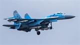 Tiêm kích Ukraine tuần tra khi căn cứ không quân 'đầu hàng'