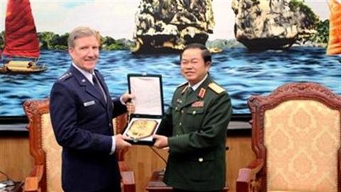Thượng tướng Đỗ Bá Tỵ đề nghị hợp tác không quân Việt-Mỹ