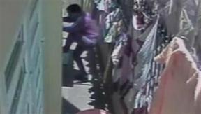 Trộm ung dung vào nhà công an 'khoắng' hơn 200 triệu đồng