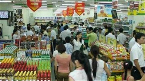 """Thị trường bán lẻ: Doanh nghiệp nội nép mình """"đá"""" nhau"""