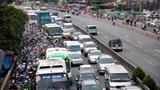 Nên bỏ phí bảo trì đường bộ đối với xe gắn máy