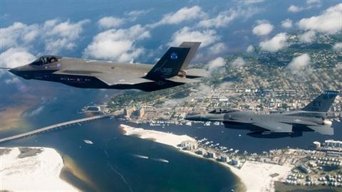 Tiêm kích MiG-35 có xứng làm đối trọng của F-35?