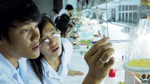 Kỳ vọng khoa học Việt: Không thua Campuchia vì chiếc ôtô