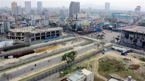 Đà Nẵng: Hoang tàn khách sạn vàng 5 sao
