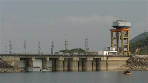 REE mua thêm 12,5 triệu cổ phiếu Thủy điện Thác Bà