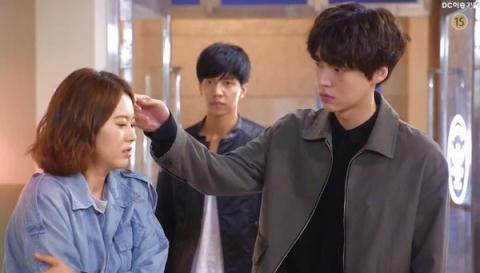 Soo Sun khiến Dae Gu lồng lộn nổi cơn ghen
