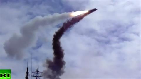 Hình ảnh cuộc tập trận Nga nắn gân NATO