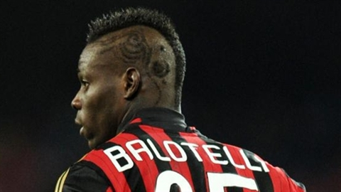 Falcao tiết lộ gia nhập Real, Arsenal bỏ vụ Balotelli