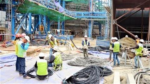 Tuyển 2.100 lao động:Nhà thầu chịu áp lực từ...Trung Quốc?