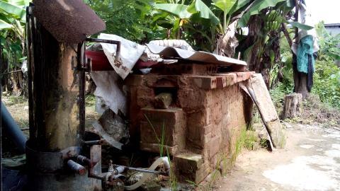 DN Việt ca ngợi,muốn hợp tác làm lò đốt rác ông Kiên