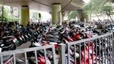 Hà Nội phạt người đi xe máy không đóng phí đường bộ