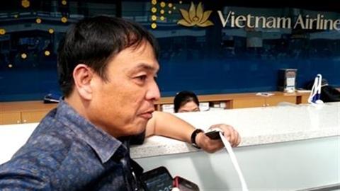 Vietnam Airlines hủy chuyến không xin lỗi, bù 100.000 đồng