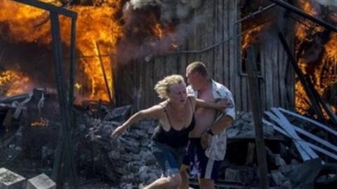 Ukraine: Thị trưởng bị bắn chết, MH17 đang nóng