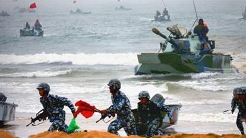 Biển Đông nóng ran với những cuộc tập trận liên tiếp