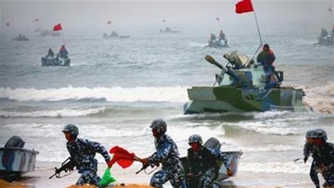 Trung Quốc tập trận rầm rộ kích hoạt quân đội Nhật