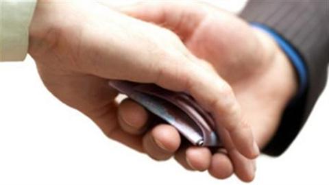 Nữ nhân viên bưu điện tham ô 1,4 tỉ đồng