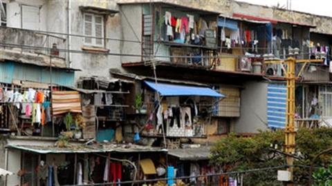 Chung cư chống nạng: Bộ Xây dựng nói ngược Hà Nội?