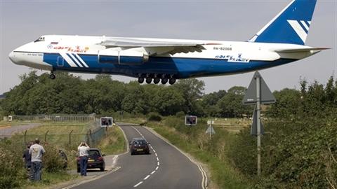 Vì sao Nga hủy chương trình máy bay An-124 với Ukraine?