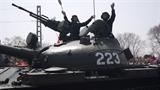 Tăng Triều Tiên giương oai trước Type-99 của Trung Quốc