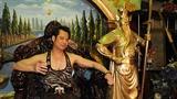 Biệt thự triệu USD quái dị của vua nhạc sến Ngọc Sơn