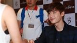 Lee Jong Suk -sao Hàn thân thiện với fan Việt nhất năm 2014