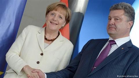 Trước cuộc gặp Ukraine-Nga: EU, Mỹ mâu thuẫn quan điểm