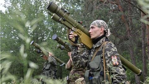 Ukraine: Nga và quân ly khai hành động đón mùa đông?