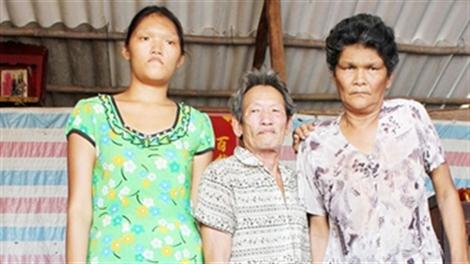 Gia đình cao 2 mét ở xứ Công tử Bạc Liêu