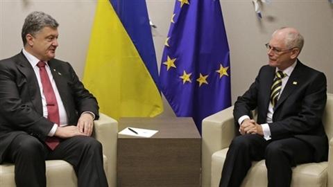 NATO điều vạn quân, Ukraine liên tục thỏa hiệp