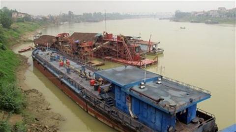 Tàu tiền tỷ bán sắt vụn:Thiết kế máy TQ... rồi nghỉ hưu!