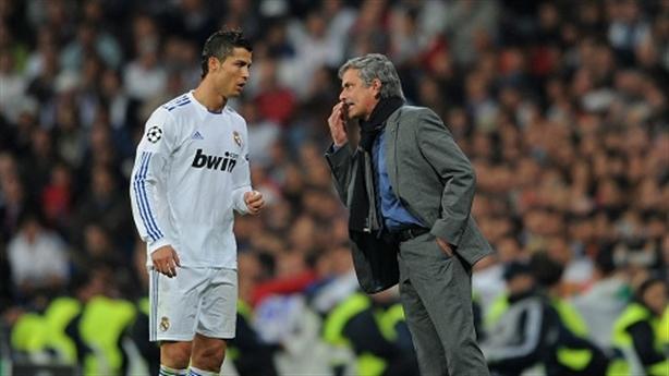"""Mourinho: """"Tôi không có bạn như... Ronaldo"""""""