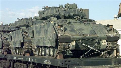 Nga điều quân sát Ukraine, Mỹ tăng bộ binh trợ lực