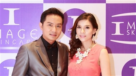 Người đẹp Châu Kha đầy cuốn hút khi tham gia hội thảo làm đẹp