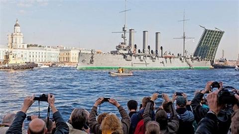 Nga nâng cấp chiến hạm Rạng Đông làm gì?