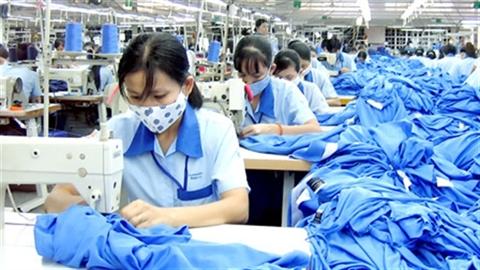 FDI vào dệt may, BĐS: Việt Nam không được nhiều, còn mất!?