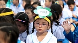 Trẻ lớp 1 không được đua xe, kích động bạo lực!