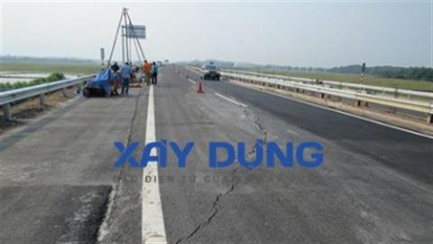 Vừa thông xe, cao tốc Nội Bài–Lào Cai đã có vết nứt