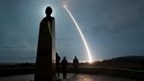 Vũ khí hạt nhân: Nga - Trung đừng đùa với nước Mỹ