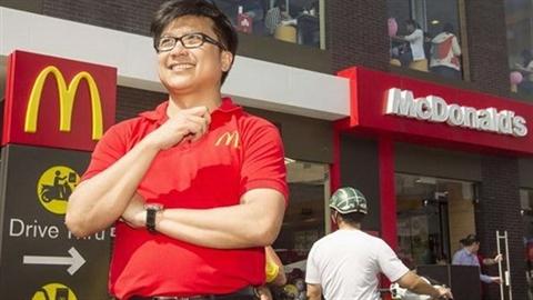 Doanh nhân gốc Việt muốn mua đội bóng Mỹ là ai?