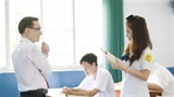 Chuyện thật học đường: Nữ sinh thích thầy ngay giữa lớp