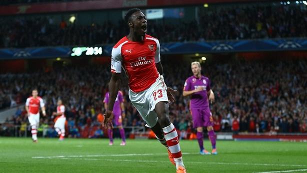 """Chấm điểm Arsenal 4-1 Galatasaray: Sân Emirates,  """"Thánh lốp"""" Welbeck khét tiếng"""