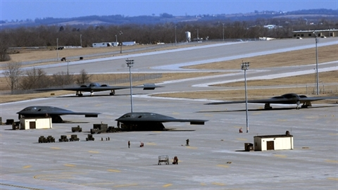 Mỹ điều chỉnh chiến lược phát triển vũ khí vì Trung Quốc
