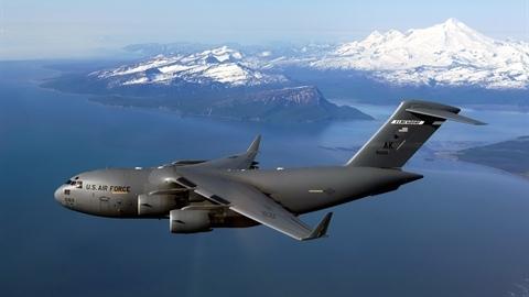 Sức mạnh máy bay vận tải C-17 của Mỹ