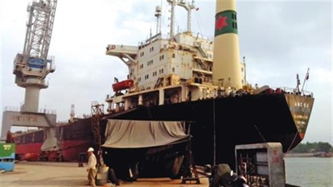Phá tàu cũ: Việt Nam có thể nhận