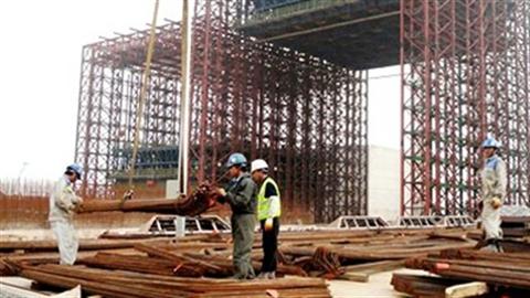 Trung Quốc thải bớt ngành thép, Việt Nam hứng