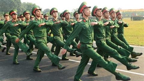 Thăm Trung đoàn Bộ binh Cơ giới 102 Việt Nam