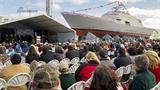 Hình ảnh Mỹ hạ thủy chiến hạm bị 'hắt hủi'